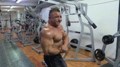 Repor - Persiguiendo a Arnold