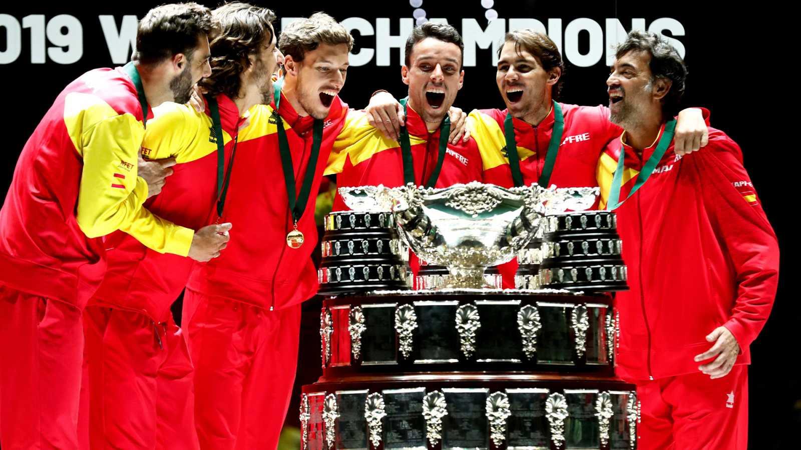 Rafa Nadal amarra la sexta Davis en España