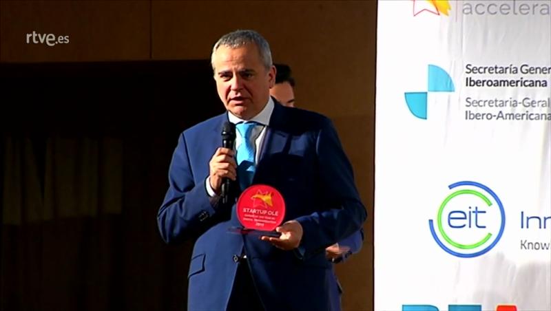 Impulsa Visión RTVE y Juanma Romero reciben el Premio a la Mejor Aceleradora en Startup Olé 2019