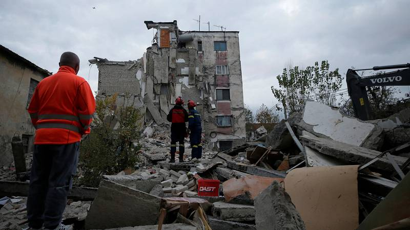 Las víctimas del terremoto en Albania se elevan ya a 26