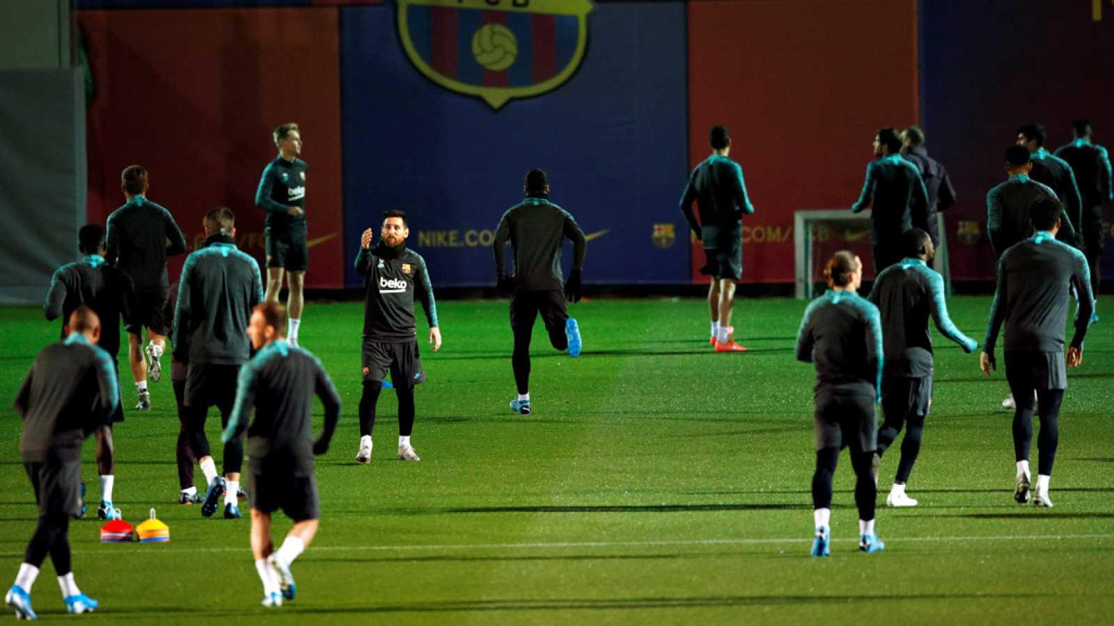El FC Barcelona quiere ganar este miércoles al  Borussia Dortmund en el Camp Nou. Una victoria que tendría un doble premio ya que permitiría a los azulgrana sellar el pase a octavos de final de la Champions y además hacerlo como primero de su grupo,
