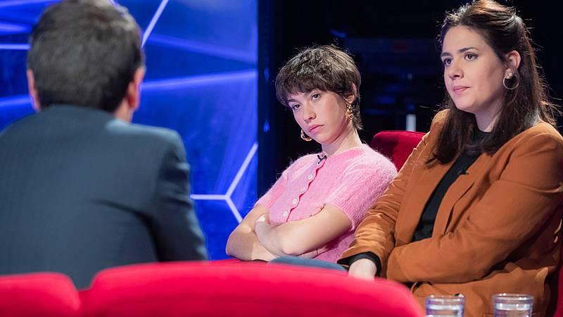 Atención Obras - Una ópera prima con Concha de Plata: Entrevista a Belén Funes y Greta Fernández - ver ahora