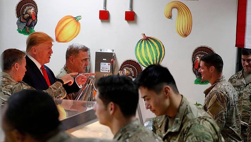 Trump visita por sorpresa a las tropa desplegadas en Afganistán por Acción de Gracias