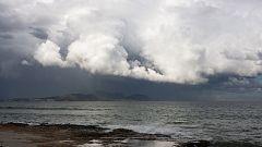 Precipitaciones localmente fuertes en el sureste peninsular y Baleares