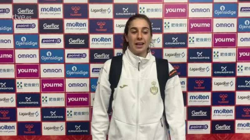 La jugadora de la selección española reconoce que han sufrido para ganar a Montenegro y confiesa que ahora toca disfrutar de este primer puesto del Grupo C del Mundial de balonmano femenino Japón 2019.