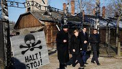Merkel visita por primera vez el campo de concentración de Auschwitz