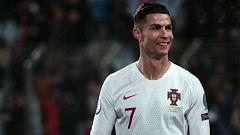 Fútbol - Magazine UEFA European Qualifiers. Resumen