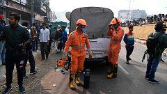 Más de 40 muertos en un incendio en una fábrica de Nueva Delhi