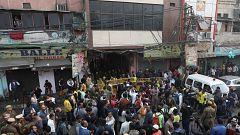 43 personas mueren en el incendio de una fábrica de Nueva Delhi