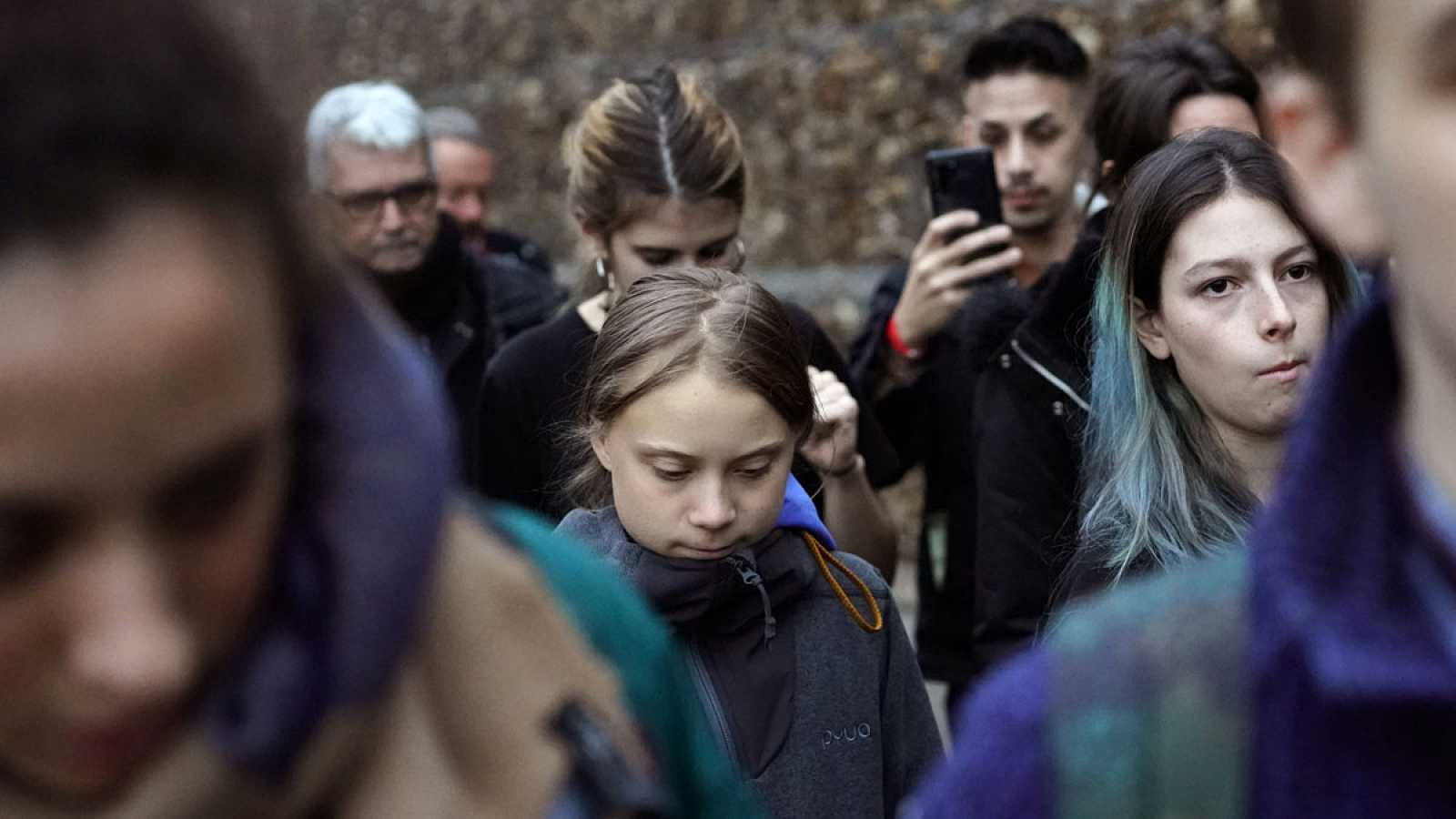 Greta Thunberg visita por sorpresa la Cumbre Social en la Universidad Complutense de Madrid