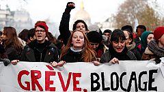 Los sindicatos franceses mantienen las protestas contra la reforma de las pensiones de Macron