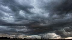 Nuboso o cubierto con lluvias en el tercio norte peninsular