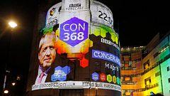 Los sondeos a pie de urna dan la mayoría absoluta al partido de Boris Johnson en las elecciones en Reino Unido