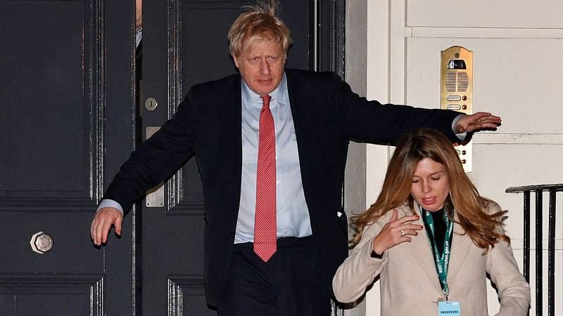 Boris Johnson obtiene la mayoría absoluta tras una derrota histórica del laborismo