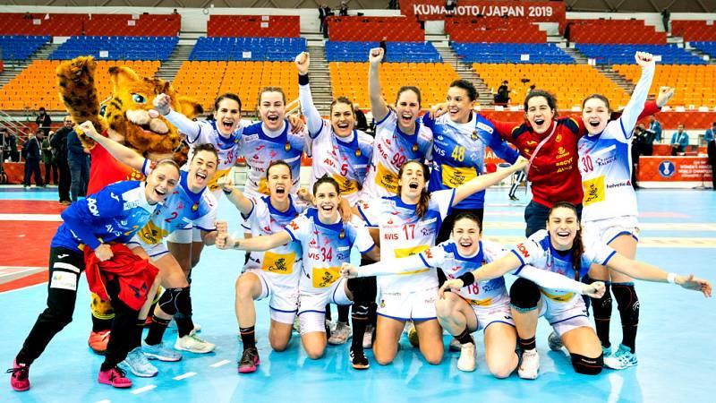La selección española femenina de balonmano hizo historia este  viernes al clasificarse para la final del Mundial de Japón y lo logró  además con mucha autoridad tras batir por 22-28 a la todopoderosa  Noruega, histórica 'bestia negra', domada por un
