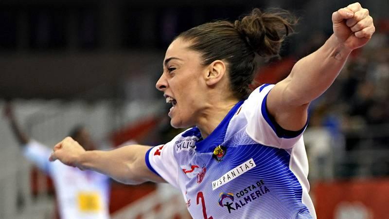 La selección española femenina de balonmano tratará de tocar el cielo, coronándose este domingo (12:30 por La 1) por primera vez en su historia campeona del Mundo ante los Países Bajos, en una final que tendrá como premio añadido la clasificación par