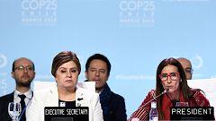 La Cumbre del Clima acuerda un documento que compromete mayor ambición ante la emergencia climática