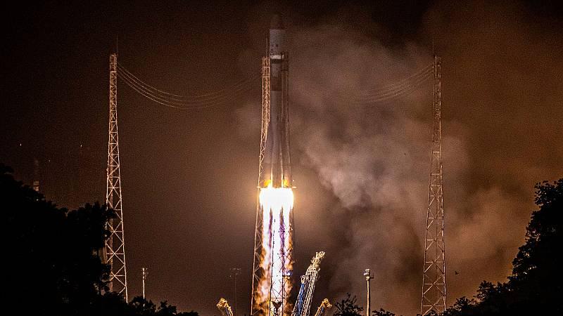 El satélite Cheops, lanzado con éxito al espacio