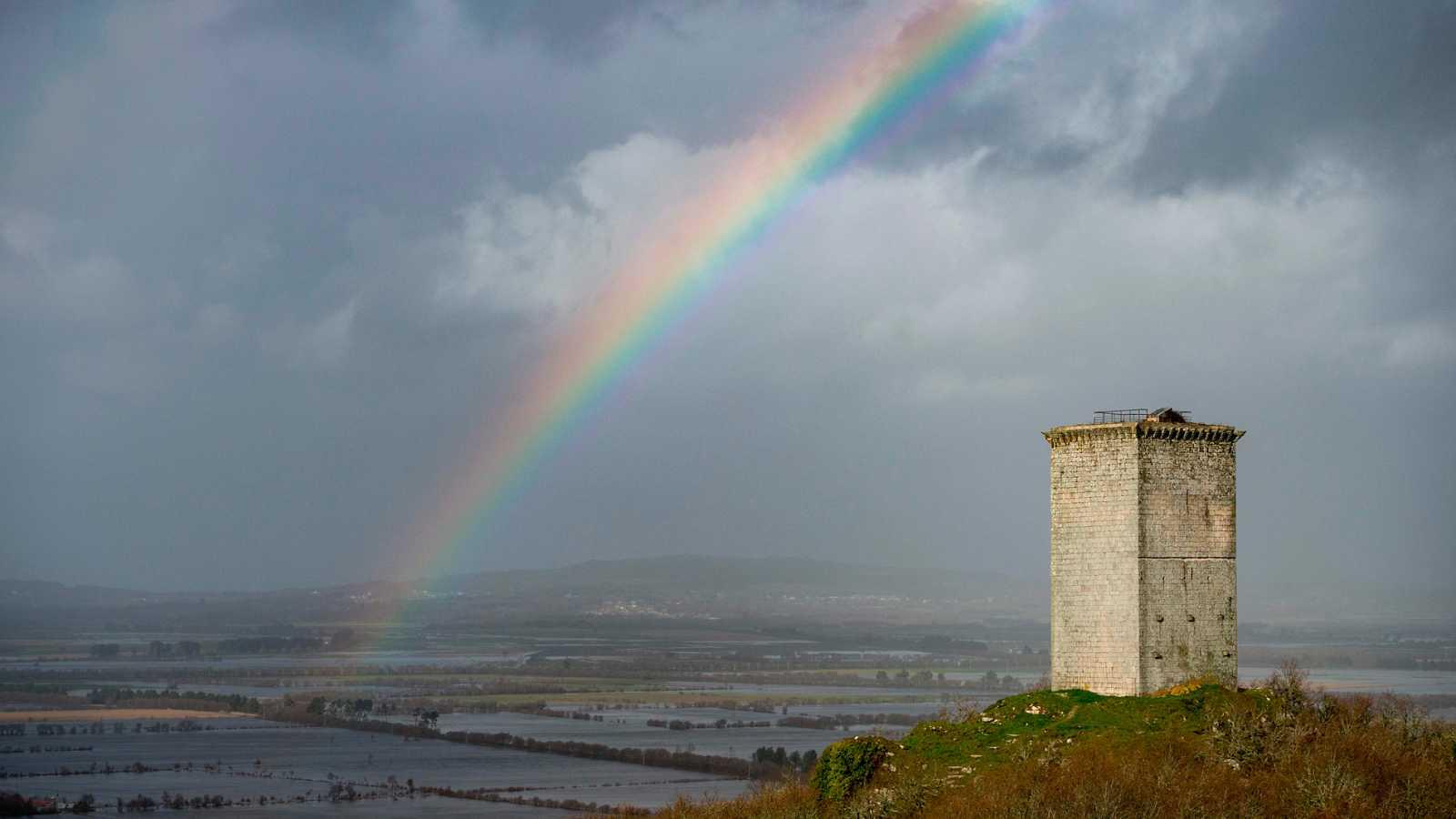 El temporal Fabien deja intensas lluvias y fuertes vientos en gran parte de la Península