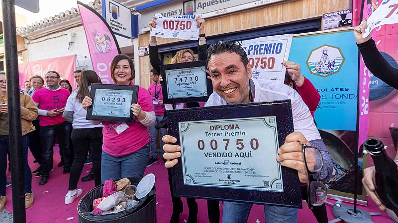 Lotería de Navidad: el tercer premio, el 750, repartido por media España