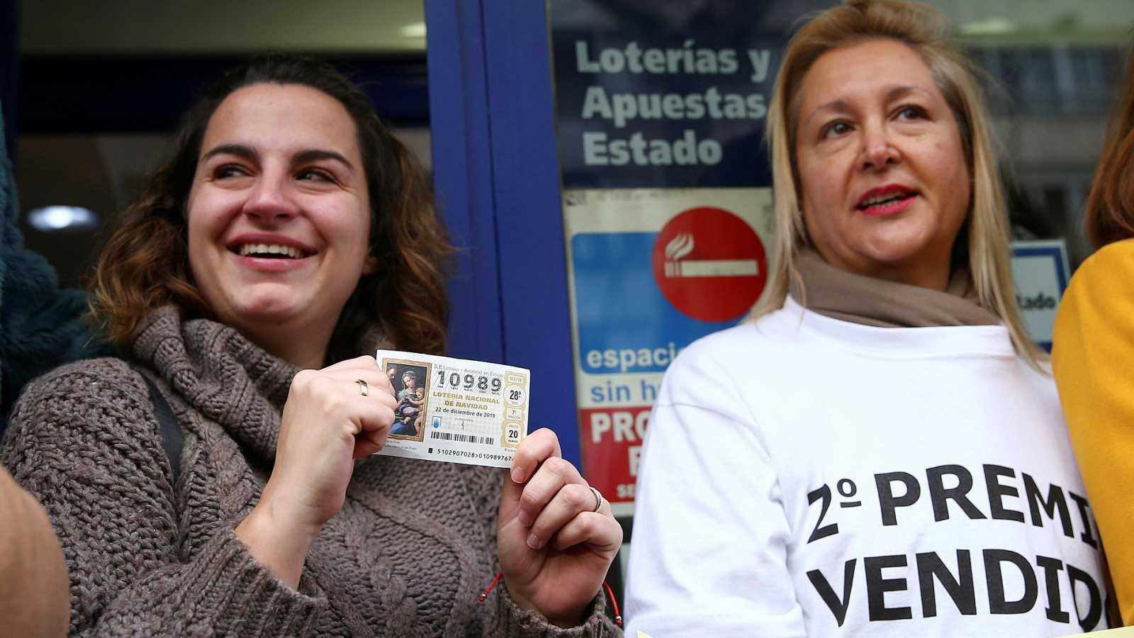 El segundo premio de la Lotería de Navidad, el 10.989, vendido sobre todo en Madrid y también en Badajoz