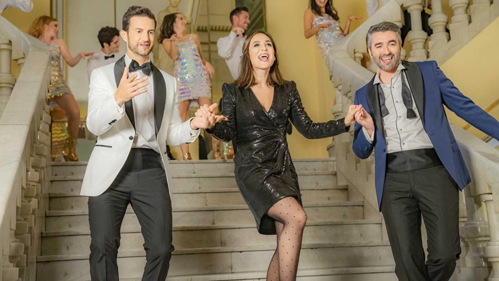 """Telepasión 2019 - Tamara Falcó, Roi Groba y Nico de Vicente cantan """"It's my party"""""""