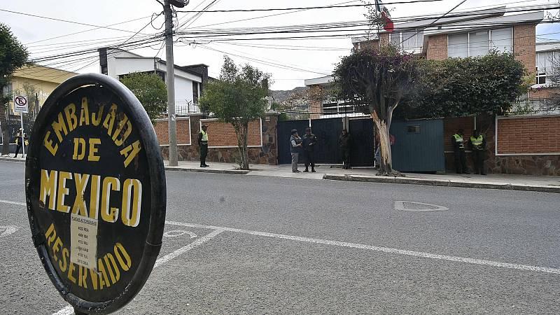 """Bolivia acusa a España de """"atropellos"""" a su soberanía por un incidente en la Embajada de México en La Paz - Ver ahora"""