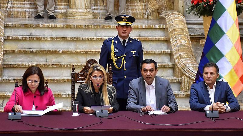 Crisis diplomática entre Bolivia, España y México