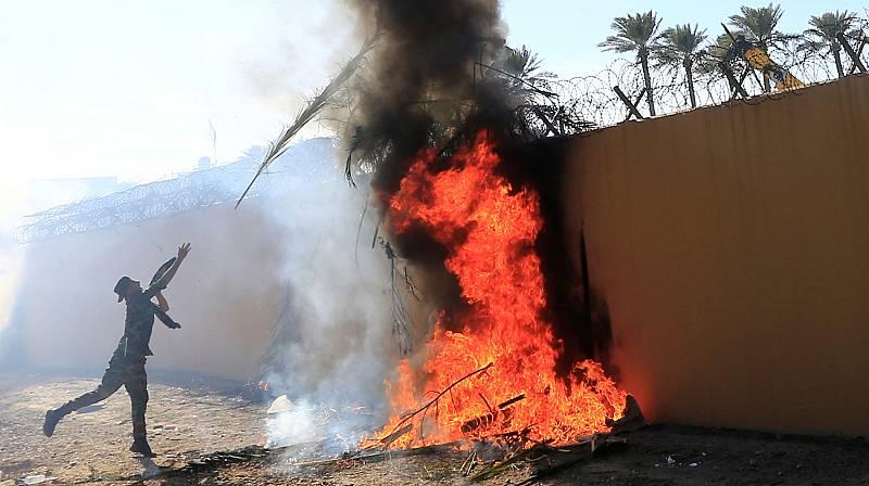 Desalojan la embajada estadounidense en Irak