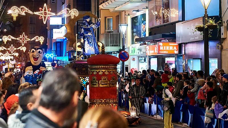 Los Reyes Magos se preparan para desfilar por las distintas ciudades de España