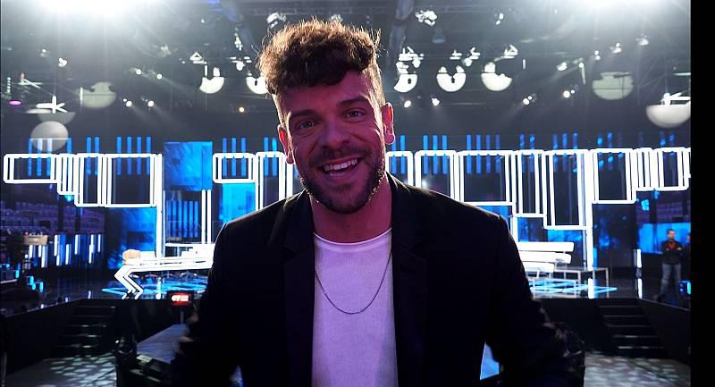 Ricky, presentador de El Chat en Operación Triunfo 2020