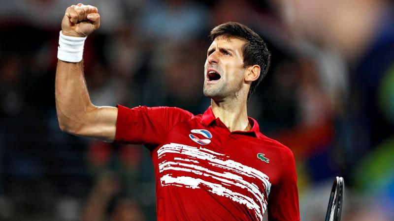 El número uno del mundo, el español Rafael Nadal no pudo con el segundo Novak Djokovic y cayó ante el serbio por 6-2 y 7-6(4), por lo que la final de la primera edición de la Copa ATP se decidirá en el punto de dobles.