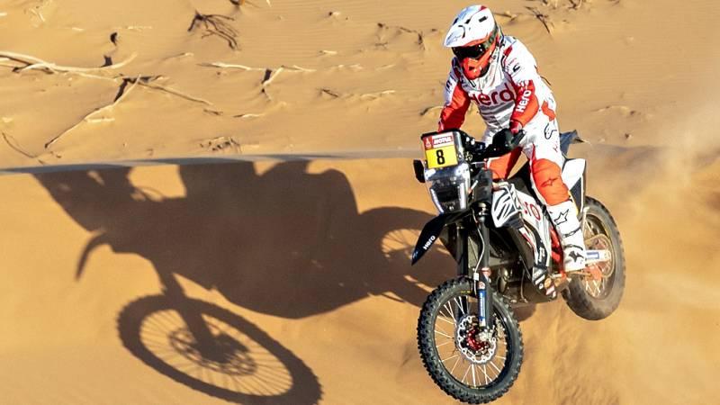 El piloto de motos portugués ha fallecido durante la séptima etapa y en el vivac del rally quedan muchos compañeros que lamentan la pérdida.