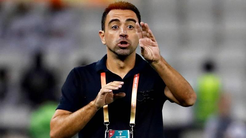 """El exjugador del FC Barcelona Xavi Hernández ha rechazado dirigir  al conjunto culé de inmediato porque está """"centrado"""" en el Al Sadd,  con quien disputará la final de la Crown Prince Cup tras ganar este  sábado al Al-Rayyan, y confirmó las conversac"""