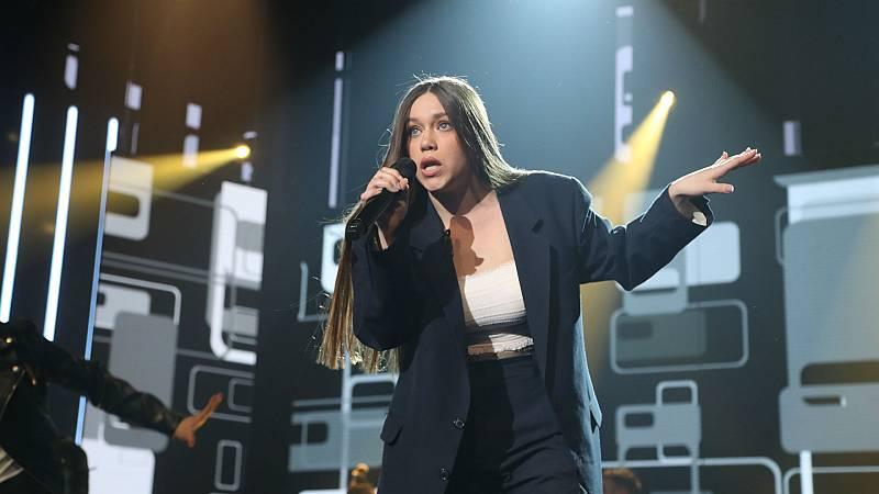 """Eva canta """"Let's twist again"""" en la Gala 0 de OT 2020"""