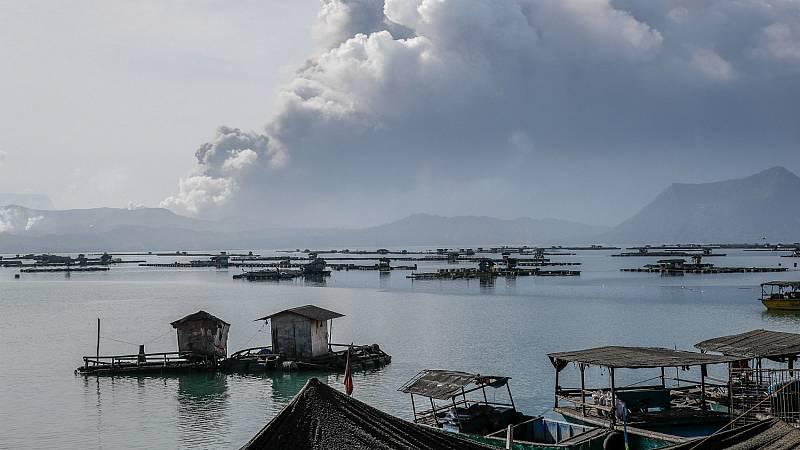 Más de 24.000 personas evacuadas por el volcán Taal en Filipinas