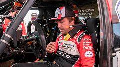 Alonso presta su rueda de repuesto a Al-Attiyah