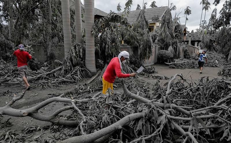 El volcán filipino amenaza
