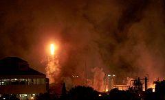 Al menos un muerto, ocho heridos y un desaparecido tras la explosión de una petroquímica en Tarragona