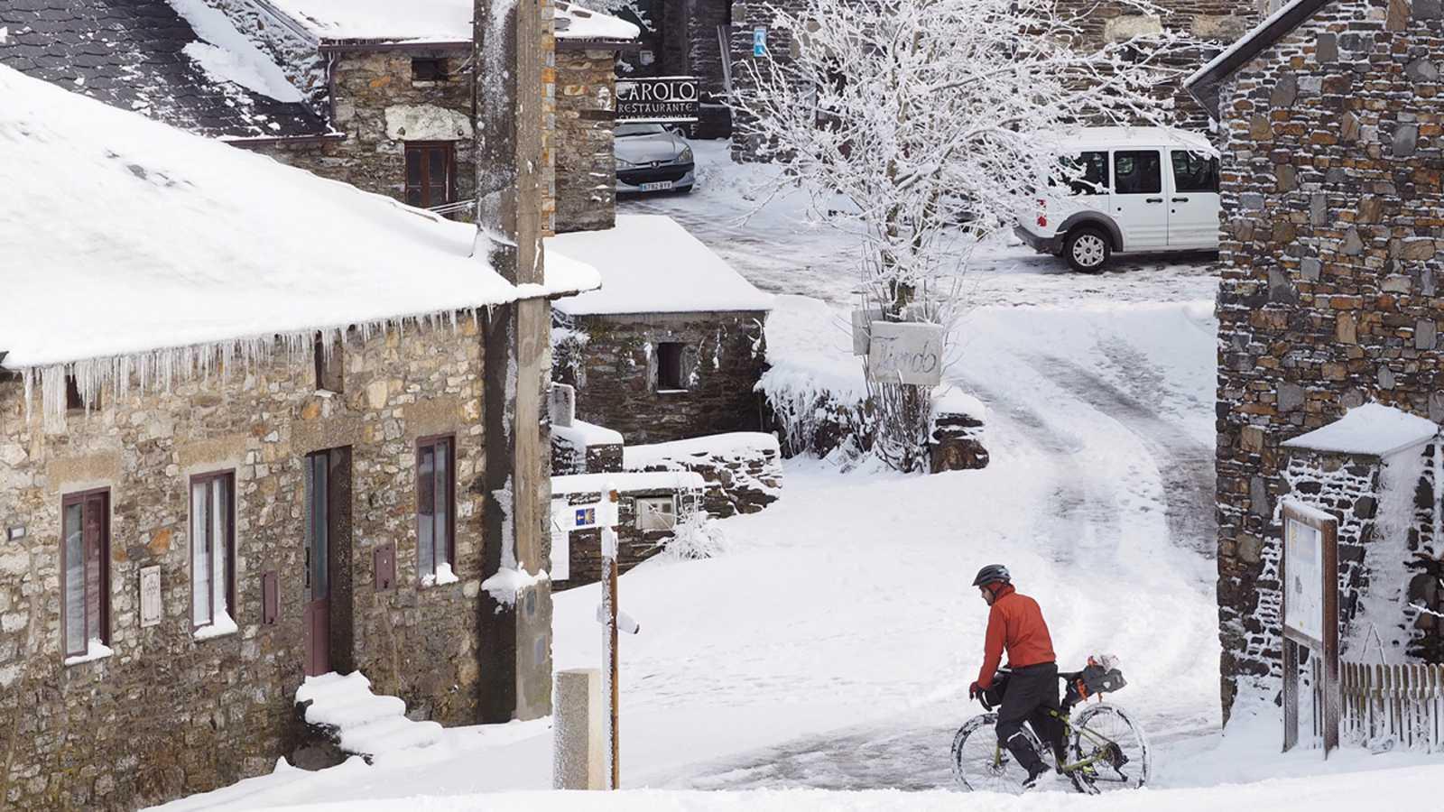 Llega el primer gran temporal del invierno: una borrasca desplomará la cota de nieve a 300 metros