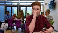 A partir de hoy - ¿Qué es el 'pin parental' que Vox quiere en los colegios?
