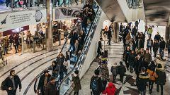 Los centros comerciales se reinventan para competir con las ventas online