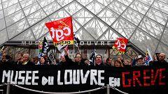 Las protestas contra la reforma de las pensiones de Macron obligan a cerrar el Museo del Louvre