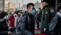 China refuerza los controles en estaciones y aeropuertos por el coronavirus de Wuhan ante los viajes por el Año Nuevo