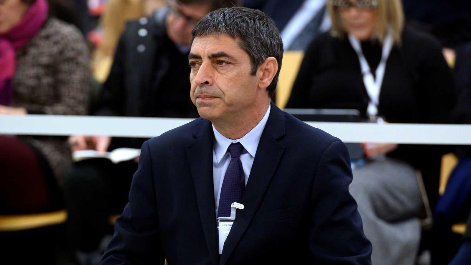 Trapero asegura que los Mossos trabajaron en un dispositivo para detener a Puigdemont