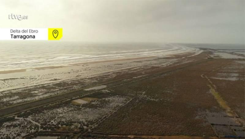 El Delta del Ebro inundado por las intensas lluvias y el oleaje de 'Gloria'