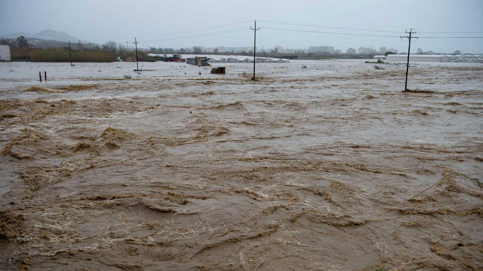 El temporal 'Gloria' inunda Cataluña y ya deja ocho muertos, cuatro desaparecidos y cuantiosos daños