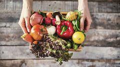 Dinamarca da una segunda oportunidad a las frutas 'feas': la belleza está en el interior