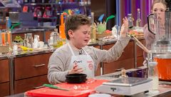 MasterChef Junior 7 - Albert pierde el control en pleno cocinado