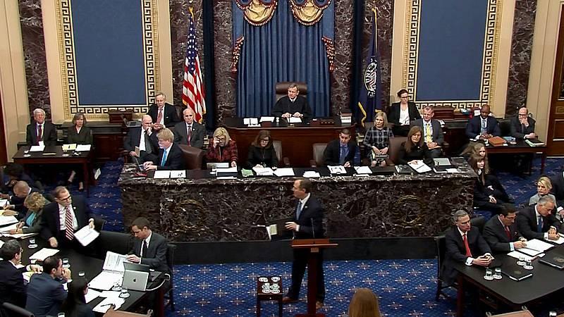 Los demócratas tratan de persuadir a los republicanos en la segunda jornada del 'impeachment'